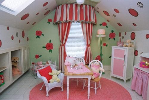 کاغذ دیواری برای اتاق خواب کودک دختر